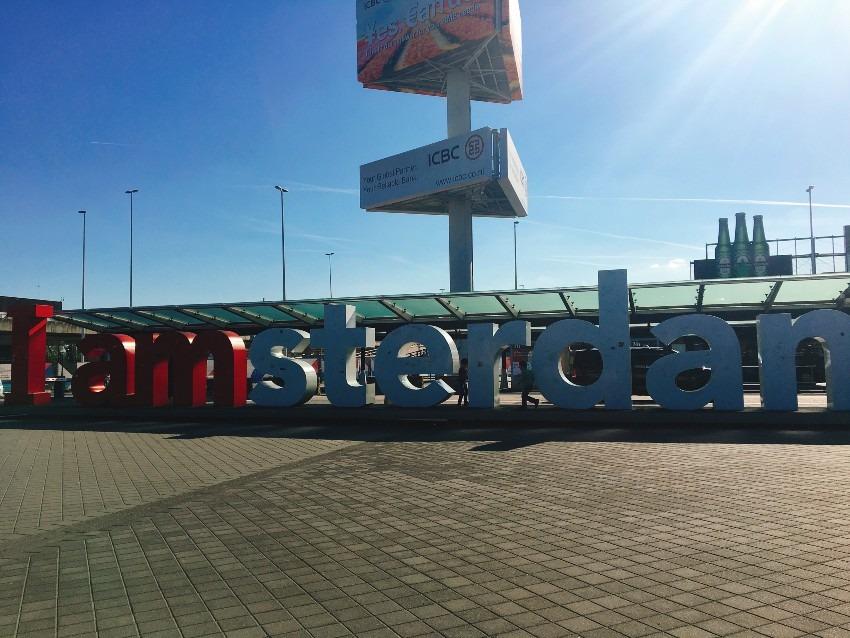 【スキポール空港】子供と散策・時間つぶし